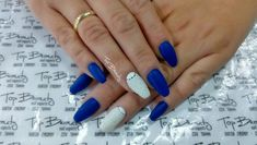 Learn how to. nail it at Top Beauty Nail Academy Evosmos Greece 📞 2310764444 💅 Manicure, Gel Nails, Nails On Fleek, Nail Artist, Beauty Nails, Nail Art Designs, Nailart, Top Beauty, Hand Painted