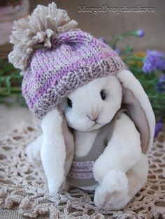 Katie (Adopted!) Adoption, Winter Hats, Crochet Hats, Craft Ideas, Crafts, Foster Care Adoption, Knitting Hats, Manualidades, Handmade Crafts