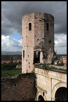 On my #boomer #travel list: Spello, Umbria, #Italy