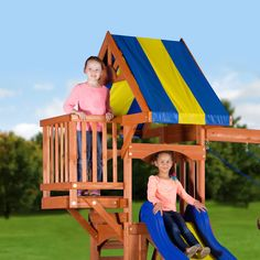 The Peninsula Wooden Swing Set is brilliantly designed to provide hours of play and enjoyment while taking up less space. A 4' deck with an elevated crows nest