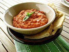 Mouhamara (Lebanese dip - red pepper, walnuts and pomegranate molasses) Lebanese Recipes, Indian Food Recipes, Asian Recipes, Vegetarian Recipes, Cooking Recipes, Healthy Recipes, Create Tv Recipes, Middle East Food, Comida India
