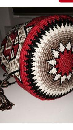 Love the colours! Mochila Crochet, Crochet Tote, Crochet Handbags, Crochet Purses, Crochet Chart, Knit Crochet, Crotchet Bags, Knitted Bags, Tapestry Crochet Patterns