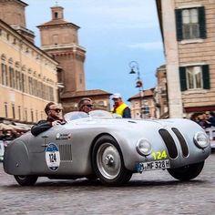 Mille Miglia 2016 - Historical Car Race from Brescia to Roma Italy -  photo by @bobswatches  - Like Tag and Follow @millemiglia_italy Hashtags: #millemiglia - #millemiglia_italy #millemiglia2016 #millemiglialive #1000miglia #1000miglia2016 #ubi1000 #brescia #desenzano #sirmione #ferrara #ravenna #rimini #roma #viterbo #siena #firenze #bologna #modena #parma #bergamo #instacar #vintagecar #classiccar #autodepoca #millemiglia #italy - by millemiglia_italy