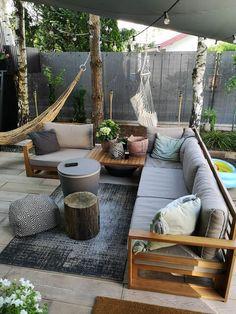 Conjunto de jardín exclusivo, moderno y versátil hecho de hermosa madera con sello FSC - ¡Disfruta de un ambiente elegante y acogedor en tu jardín o en tu terraza con este maravilloso y h - Outdoor Sofa Sets, Outdoor Rooms, Outdoor Decor, Outdoor Fire, Outdoor Areas, Outdoor Living, Patio Lounge Furniture, Outdoor Furniture Sets, Ikea Garden Furniture