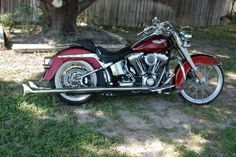 2009 Harley-Davidson DELUXE Cruiser , maroon, 9,000 miles for sale in del rio, TX