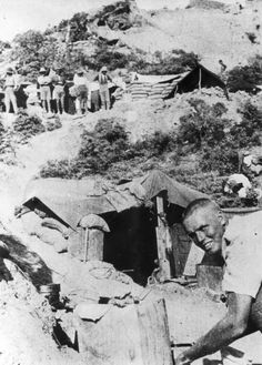 Soldiers with their dugouts and shelters at Anzac Bay on the Gallipoli penninsula during World War I 1915
