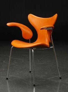 """Arne Jacobsen """"Die Möwe"""", 3208, Fritz Hansen, Denmark"""