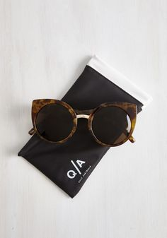 In a Sass of Your Own Sunglasses. Theres luxe and then theres the way you look in these China Doll sunglasses by Quay! #brown #modcloth