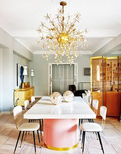 Modern Dining Tables brings you exquisite dining room designs with a modern lighting design chosen by Elle Décor. Lighting design is important in a dining room. Dining Room Design, Dining Area, Feminine Apartment, Pink Dining Rooms, Living Rooms, Design Scandinavian, Esstisch Design, Sweet Home, Design Apartment