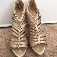 Gorgeous & comfortable shoes by bcbgmazeria! Size9 Gorgeous & comfortable shoes by bcbgmazeria! Size9. Very good condition. I don't trade BCBGMaxAzria Shoes