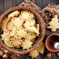 perfect sugar cookie for Santa with eggnogg