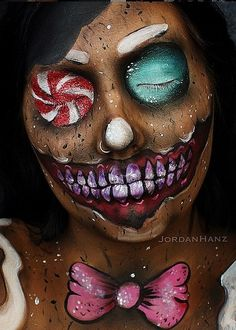 We may be in the midst of slicking on SPF and our favorite self-tanners, but we're also brainstorming our Halloween costume. Makeup artist Jordan Hanz is serving up some serious beauty inspiration with stunning transformations on her Instagram account, like this Evil Gingerbread Man.