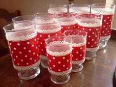 Adorable polka dot glasses!