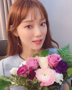 Asian Actors, Korean Actresses, Korean Actors, Lee Sung Kyung Hair, Jong Hyuk, Kim Book, Weightlifting Fairy Kim Bok Joo, Park Shin Hye, Korean Celebrities