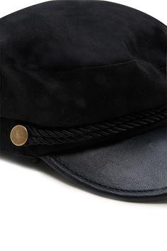 PEDIDOS SOLO POR #ENCARGO  #LookBookMayo2017  Código: F-35 Faux Leather Cabby Hat Color: Black/gold  Precio: ₡17.000  Whatsapp ☎ 8963-3317, escribir al inbox 🚚💨Envíos a todo el país. #MayaBoutiqueCR 💖
