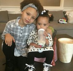 Riley and Ryan Curry Stephen Curry Family, The Curry Family, Love And Basketball, Basketball Players, Riley Elizabeth Curry, Ryan Curry, Stephen Curry Pictures, Ayesha Curry, Photos Tumblr