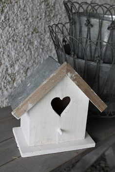 Bird House in white with heart Old Mailbox, Wood Crafts, Diy Crafts, Bird Boxes, In The Tree, Bird Cage, Diy Projects To Try, Beautiful Birds, Bird Feeders
