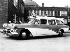 1957 Weller Buick Ambulance from Dr Whites collection Ambulance, Lights And Sirens, Counting Cars, Flower Car, Buick Century, Rescue Vehicles, Auto Service, Emergency Vehicles, Us Cars