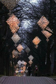 Luces en forma de diamantes