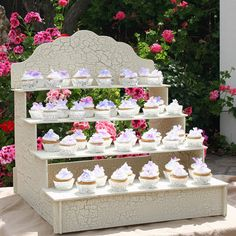 Could even get one for displaying wedding favors. Cupcake Display Stand by WeddingDecorDe… Cupcake Display Stand, Cake Pop Stands, Cake And Cupcake Stand, Cupcake Cakes, Cupcakes Base, Shabby Chic Cupcakes, Rustic Cupcakes, Cupcake Wedding Favors, Wedding Cakes With Cupcakes