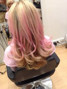 Love playing with colour #pinkfairyfloss #ajayburgess