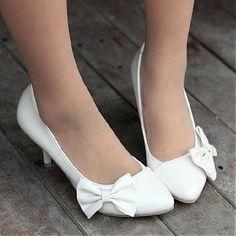 Elegant Bowknot White PU Pointy Closed Toe Stiletto Mid Heel Basic Pumps