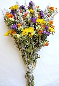 Dried Flower Bouquet - Yellow Bunch. Yarrow, Artemesia, Purple Sinuate Statice, Safflower