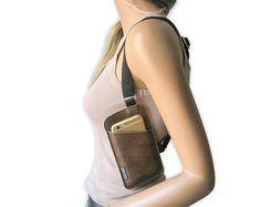 IPhone holster bag TINY shoulder holster bag for Iphone Holster, Black Leather Crossbody Bag, Black Leather Bags, Urban Bags, Leather Working Patterns, Iphone Leather Case, Leather Holster, Leather Accessories, Etsy