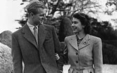 Princess Elizabeth and Prince Philip enjoying a walk during their honeymoon at Broadlands, Romsey, Hampshire - November 24, 1947