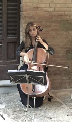 Violin, Musicians, Music Instruments, Musical Instruments, Music Artists, Composers