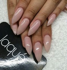 Nude color stiletto nails by Laque♥ Hot Nails, Nude Nails, Stiletto Nails, Hair And Nails, Shiny Nails, Simple Nail Designs, Beautiful Nail Designs, Gorgeous Nails, Pretty Nails
