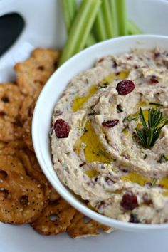 A tasty alternative to hummus! White Bean Dip with Rosemary and Cranberries is always a crowd pleaser! | mountainmamacooks.com