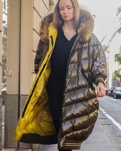 Moncler Jacket Women, Hooded Winter Coat, Langer Mantel, Puffy Jacket, Down Coat, Camilla, Jackets For Women, Sexy, Ruler