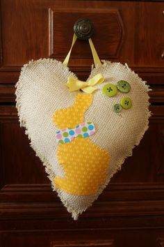 Today I made an easy Easter project using burlap (my first Easter project ...lifeinthethriftylane.blogspot.com