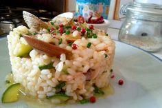 Risotto con calabacín, almejas y gambas - Risotto con vongole, gamberi e zucchine - Risotto recipe seafood. italian food, italian recipe, cocina italiana, comida italiana