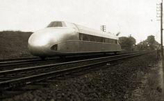 Rail Zeppelin / Schienenzeppelin by kitchener.lord, via Flickr