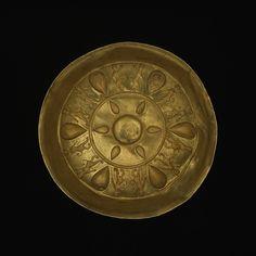 Gold bowl, 5th – 4th century BC, Achaemenid