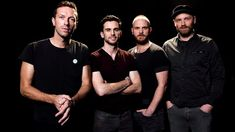 """The most popular band Coldplay just releases their new """"Champion Of The World"""" band's performance. This is all about ColdPlay new album. Coldplay Hymn, Coldplay Magic, Chris Martin, Coldplay New Album, Coldplay The Scientist, Hymn For The Weekend, Concerts, Viva La Vida, Musica"""