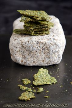 Raw Avocado and Golden Flax Crackers recipe and video by The Nourished Caveman