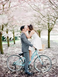 Cherry blossom season is one of the best reasons to do a spring engagement session with your photographer. The beautiful pink blooms can create a romantic atmosphere unlike any other. However, the peak bloom season typically lasts for just a week, so keeping an eye on updates from local parks is key.    Photo via Nadia Hung Photography .