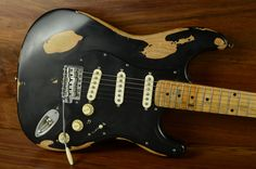 Droolworthy: Andy's Redtail Strat | Tone Report