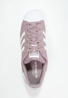 Dieser Klassiker spricht für sich. adidas Originals SUPERSTAR - Sneaker low - blanch purple/white für 99,95 € (05.06.16) versandkostenfrei bei Zalando bestellen.