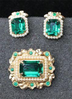 Vintage Signed CORO Goldtone Green Rhinestones Set Screw Earrings Pin Brooch #Coro