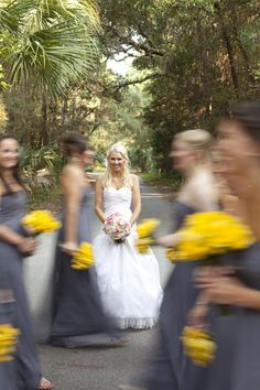 My father loves yellow and I love grey. If I am ever married, I will have bridesmaids just like this!