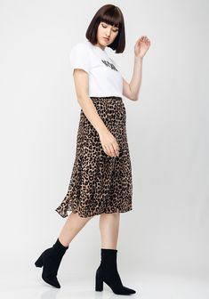 MICHAEL Michael Kors presents this animal print skirt which would look great worn with a logo t-shirt and trainers for daytime or dressed up with a bl Animal Print Skirt, Michael Kors Fashion, Crepe Fabric, Looks Great, Midi Skirt, Dress Up, Brown, Skirts, Animals
