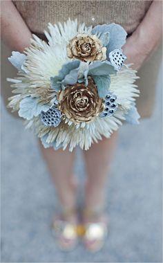love this metallic bouquet
