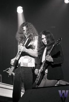 Allen Collins & Gary Rossington. What talent, will forever miss & remember <3