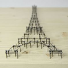 02 – Eiffel Tower Frame HOBBY:DESIGN