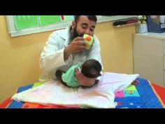 تدريب تقليدي لعضلات الرقبة للابنة زهراء مع اسامة مدبولي , متلازمة داون D...
