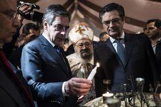 François Fillon participe à la célébration de la fête de Pâques en l' Eglise Sainte-Marie Saint-Marc, à l'invitation de la communauté copte orthodoxe, à Chatenay-Malabry, le 15 avril.